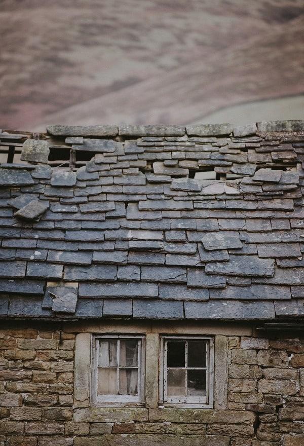 Dachziegel - Dach erneuern & Frühjahrsputz