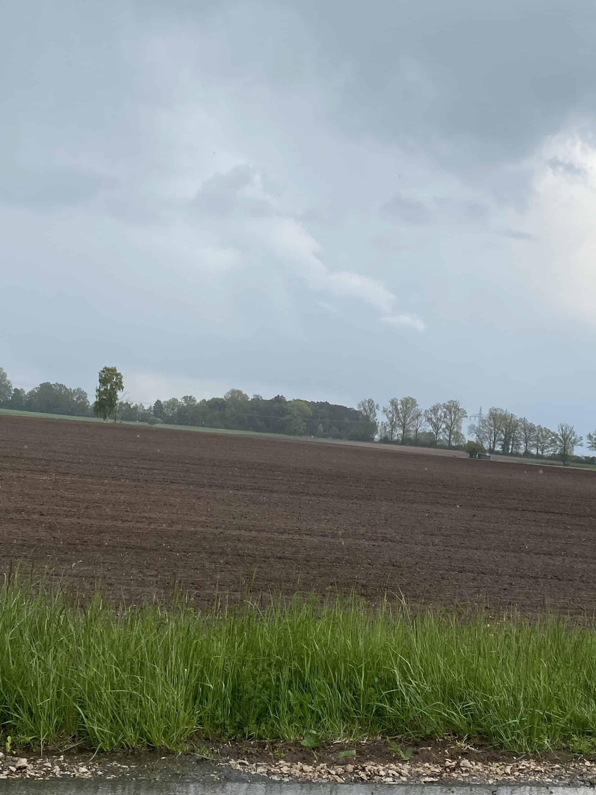 Geldanlage: Ackerland bei Weidenbach zu verkaufen